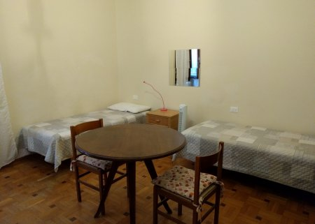 Twin bedroom in San Frediano